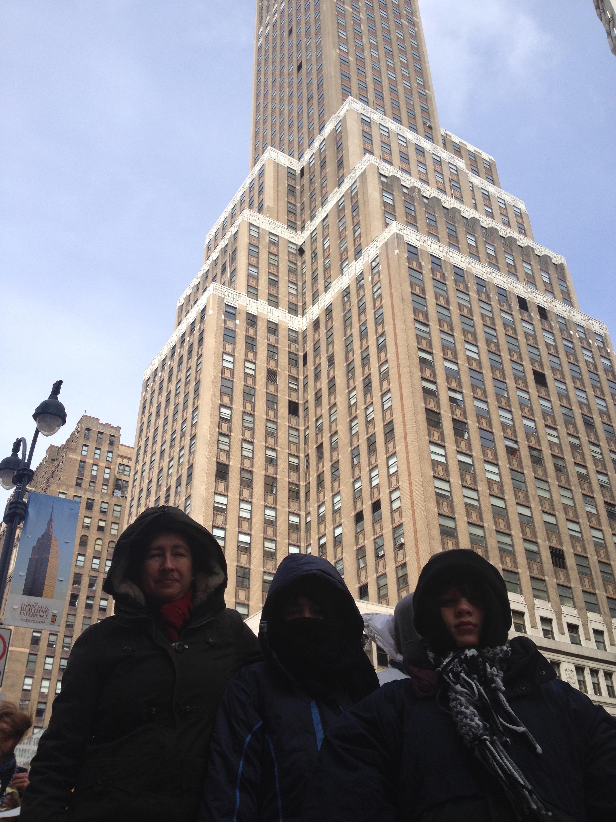 Un edificio de los muchos muchos que hay en la ciudad.